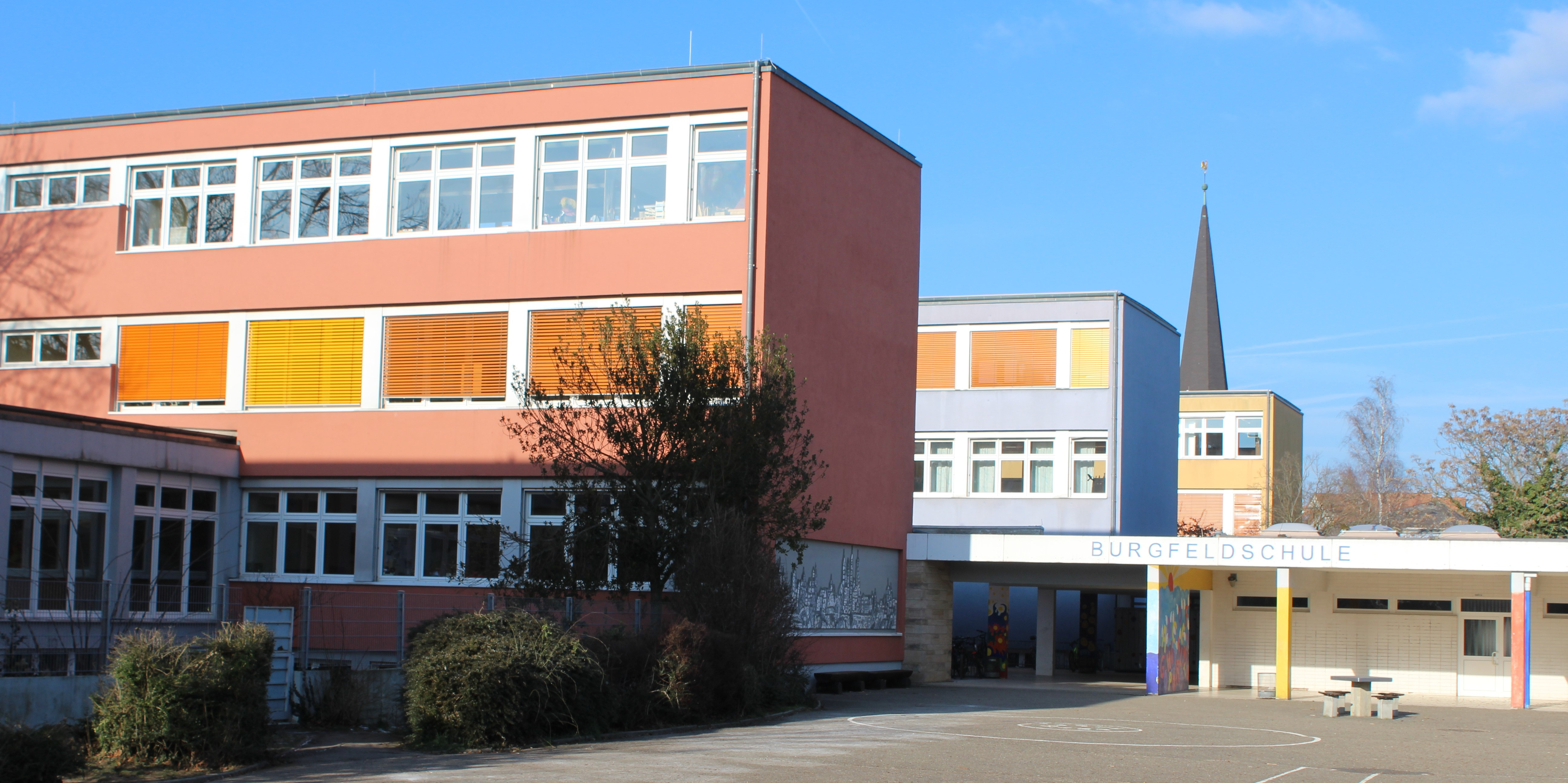http://burgfeldschule-speyer.de/wp-content/uploads/Schule-2.jpg