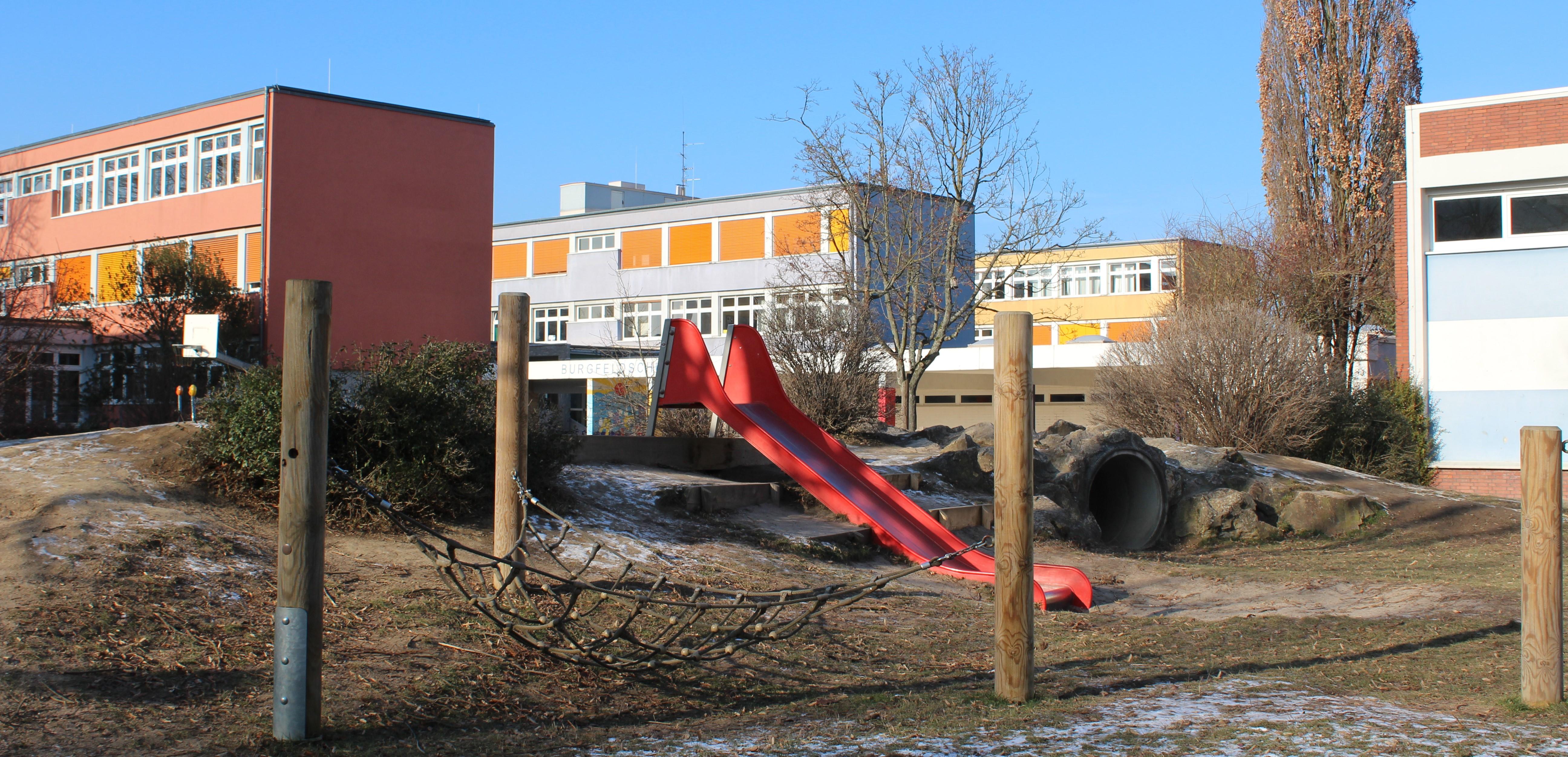 http://burgfeldschule-speyer.de/wp-content/uploads/Schule3.jpg